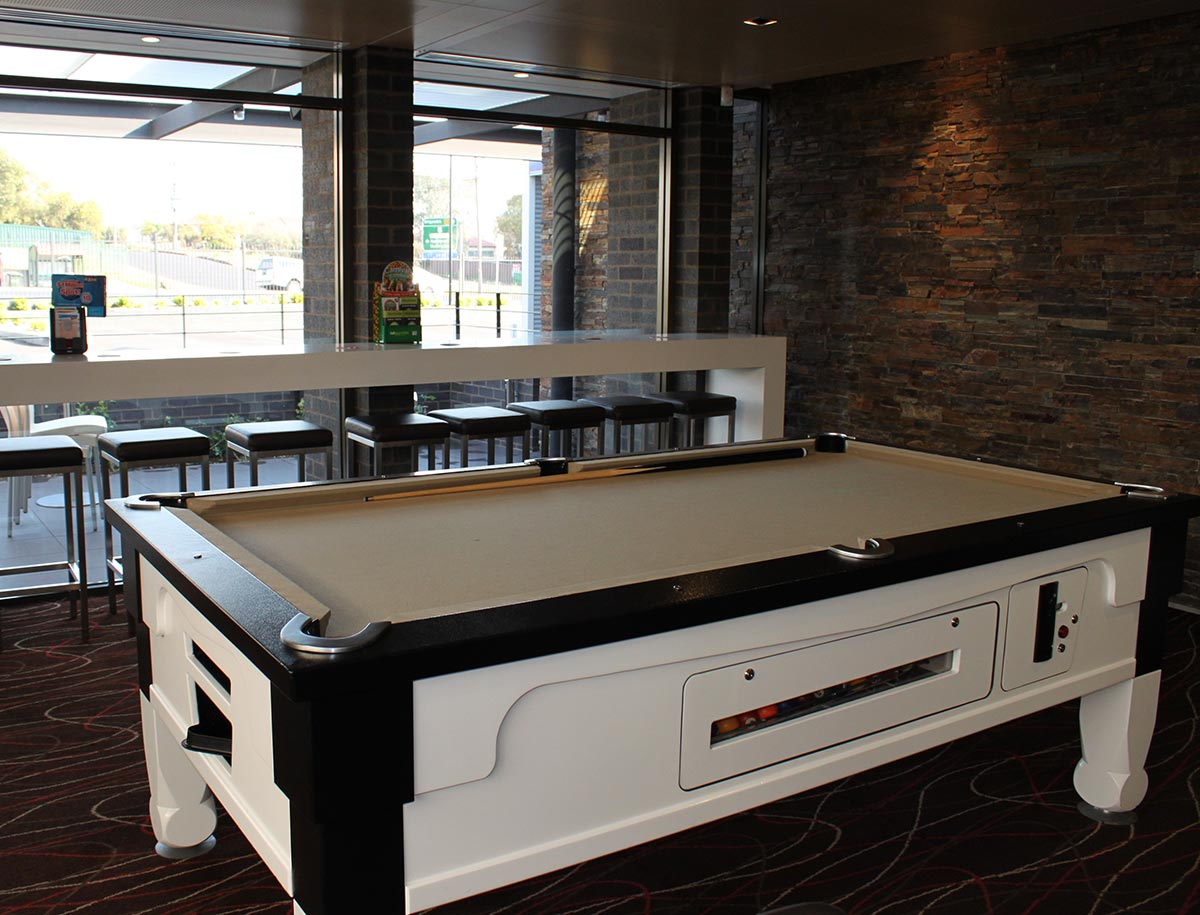 westside hotel bar facilities pool table