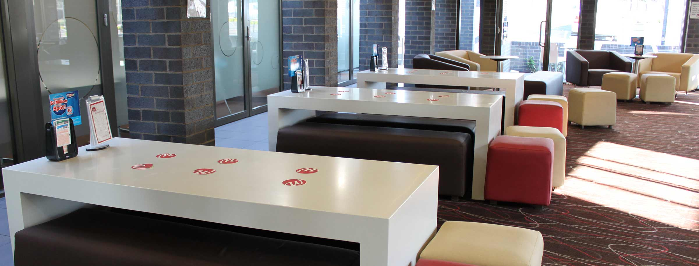 westside hotel lounge bar facilities